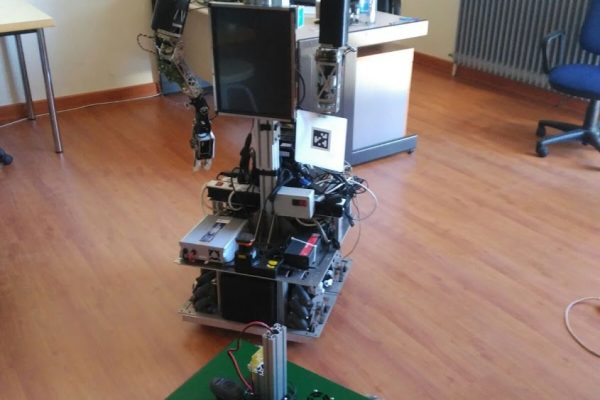 Robolab's new robots. Do you need a customized mobile manipulator? Talk to us